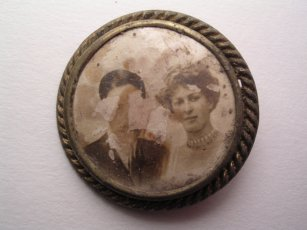 Old brooch incorporating photograph