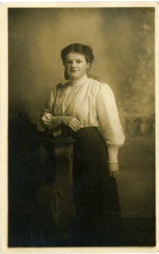 Amy Grace Lindsey in 1912