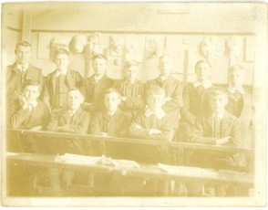 Hanson secondary school, Form IV, in 1909