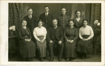 Lindsey family, 8th Feb, 1916